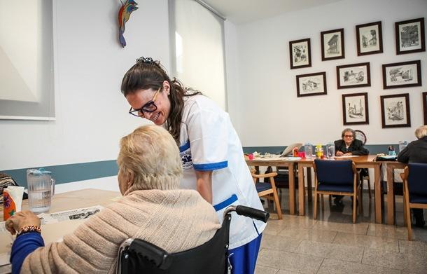 AEROMEDICA atención Centro de Día Mayores