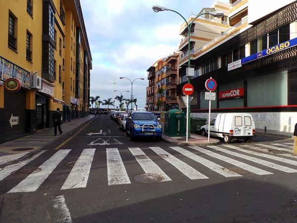 La calle Perdomo, situada junto a la plaza del Charco, cuenta con numerosas viviendas alrededor. | MOISÉS PÉREZ