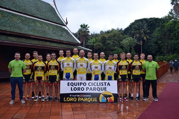 Equipo Loro Parque-Siam Park, que con renovadas ilusiones intentarán mantener su alto nivel deportivo.   DA