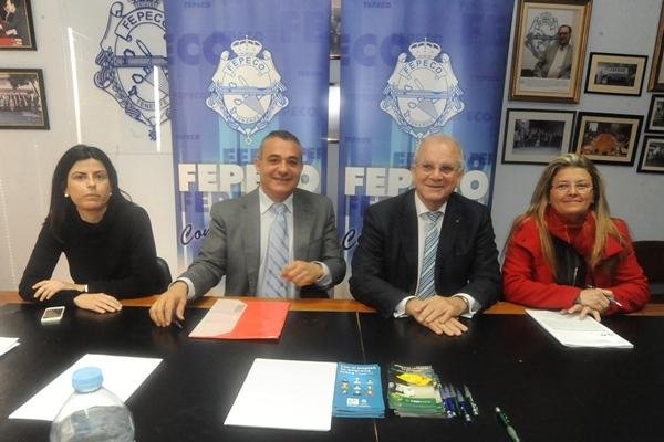 Rueda de prensa posterior a la reunión entre Fepeco y el director general del Tesoro. | JAVIER GANIVET