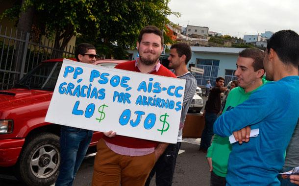 PROTESTA AUP TOMÁS MESA