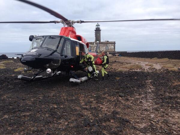 Rescatan a dos tripulantes en Alegranza