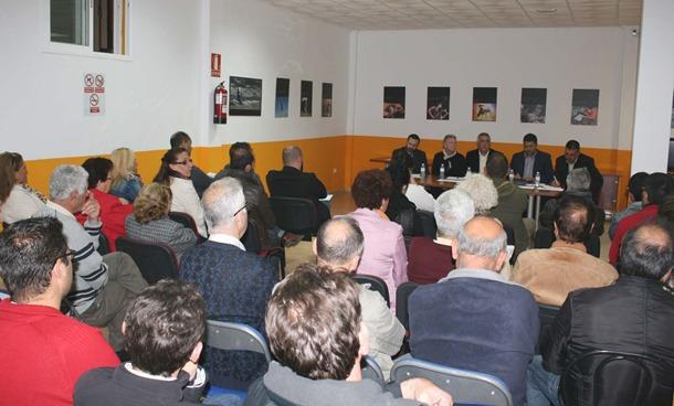 reunión Ayuntamiento y Vecinos de San Isidro
