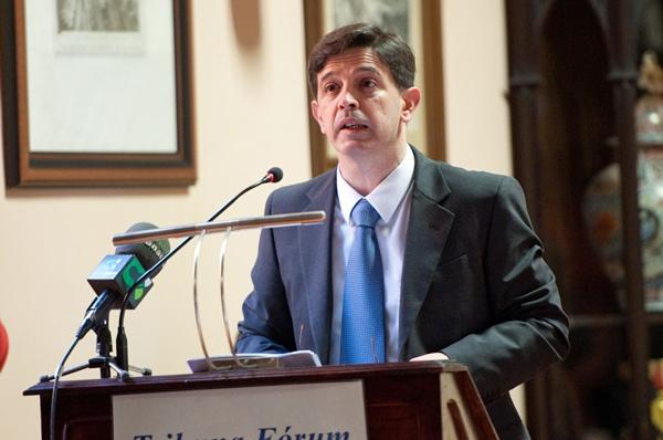Javier González Ortiz, durante la conferencia de ayer. | FRAN PALLERO