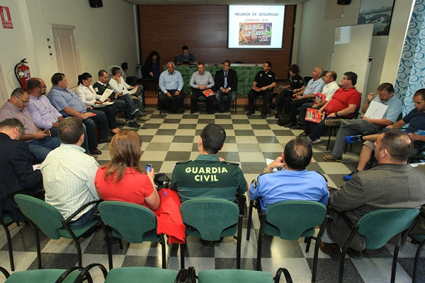 La junta de seguridad se reunió en el Centro Cultural de Los Cristianos. | DA