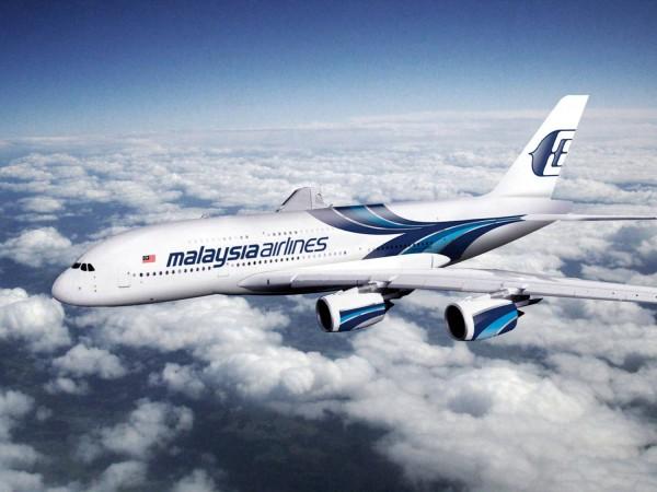 Hay quienes aseguran que la desaparición del vuelo de Malaysa Airlines es fruto del secuestro orquestado por una horda de entidades alienígenas para el posterior estudio y análisis de los seres humanos. | DA