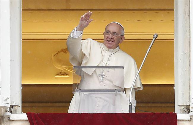 Aniversario papa llega al Vaticano