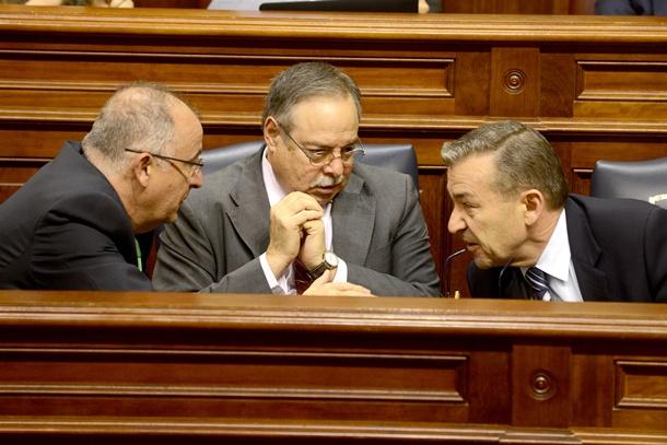 Paulino Rivero Francisco Hernández Spínola y Domingo Berriel