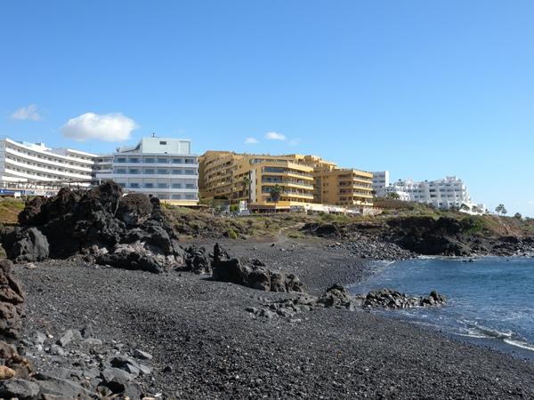 El litoral sanmiguelero reclama paseos y zonas de esparcimiento. | J. L. C.