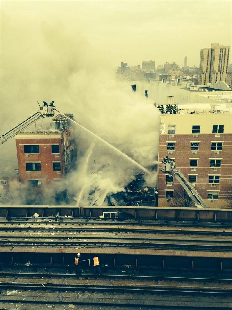 Once heridos por el derrumbe de parte del edificio