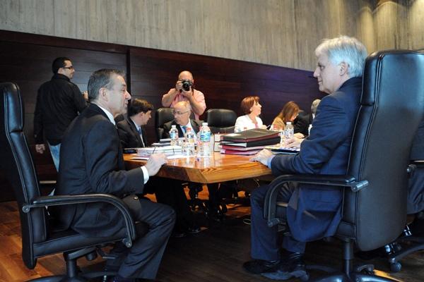 El Consejo de Gobierno canario, durante la reunión celebrada ayer en la capital tinerfeña. / DA