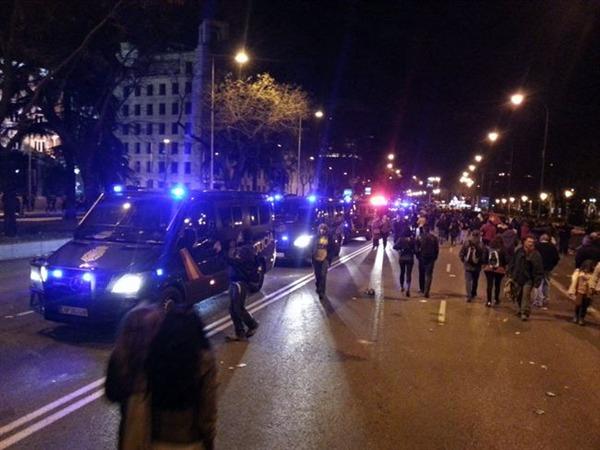 Policías de la UIP desplegados en la 'Marcha por la Dignidad'.   EP