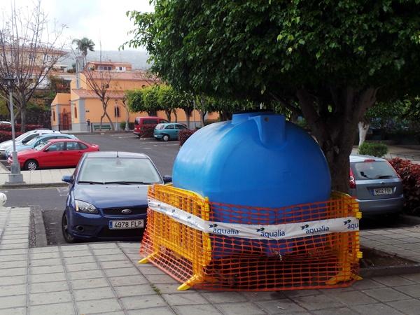 bidón de agua, Aqualia, Puerto de la Cruz