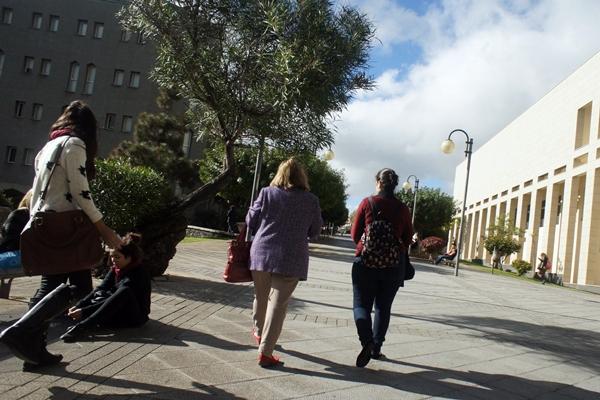 Ya son más del 60% las mujeres graduadas en Canarias, tres puntos por encima de la media nacional. | DA