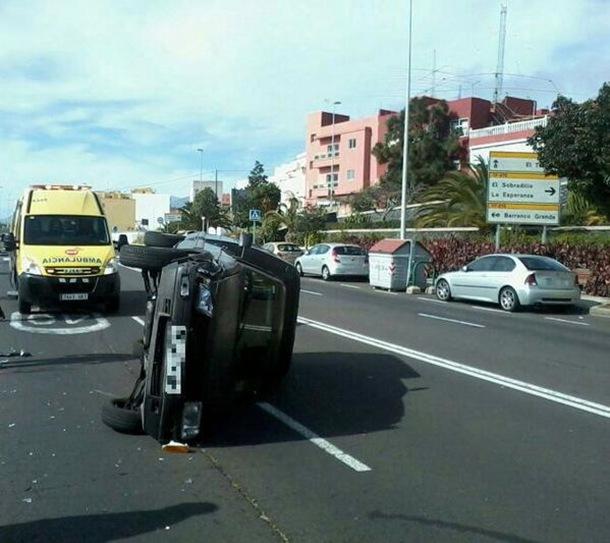 vuelco vehiculo Barranco Grande