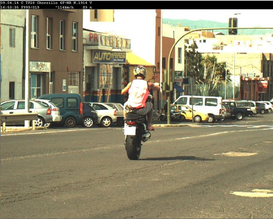 Imagen del infractor que captó el radar de la Policía Local.   DA