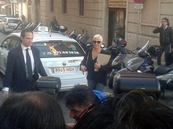 Ana Torroja llegando a los juzgados de Palma.   EP