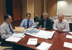 Sixto Alfonso y Javier Mederos (a la derecha) se reunieron con los responsables del CIATF el 10 de abril. / da