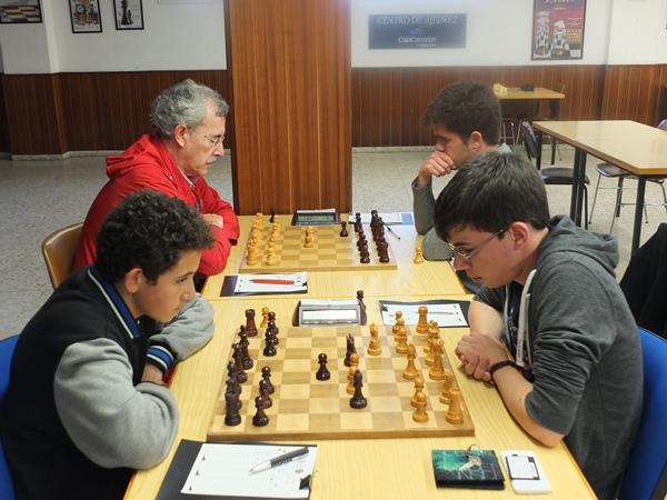 Imagen del enfrentamiento entre CajaCanarias y Valledrez.   DA