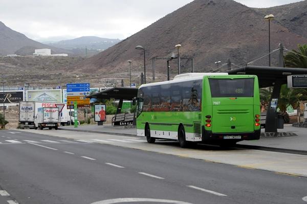 Parada de guaguas de la localidad sureña de Los Cristianos. / DA