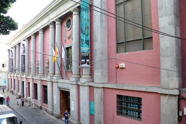 El Ayuntamiento había cedido al Gobierno de Canarias dos de las plantas del Museo de Bellas Artes. / S. M.