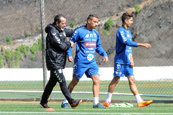Suso y Cervera en un entrenamiento del CD Tenerife. | DA