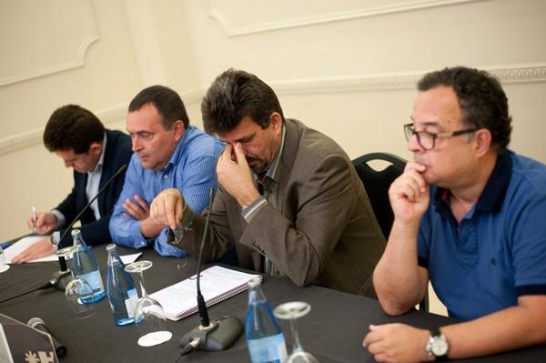Los alcaldes del PSOE en La Gomera revelan las razones de su rebelión. / FRAN PALLERO