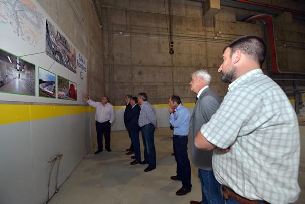 Los visitantes recorrieron el interior de la central. / DA