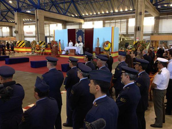entierro víctimas accidente helicóptero gran canaria
