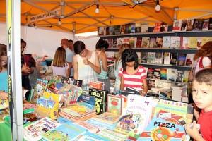 La Feria del Libro se instalará en el aparcamiento de la Escuela Municipal de Música y Danza. / DA