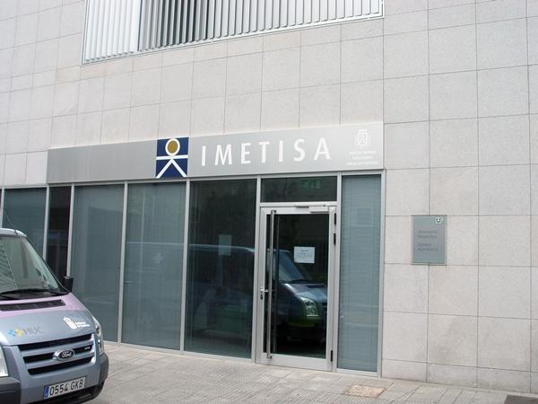 La sede de Imetisa se encuentra junto al Hospital Universitario de Canarias. / DA