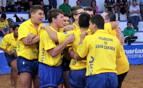 lucha canaria Gran Canaria infantil
