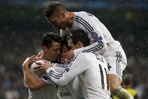 El Real Madrid celebra un gol. | EP