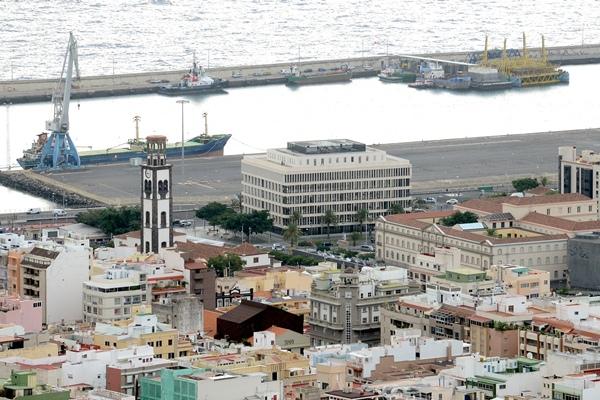 La reunión de la Cotmac sirvió para que tanto el planeamiento general del municipio como el especial del puerto entren en su recta final. | S. MÉNDEZ
