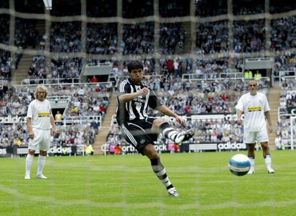 Albert Luque jugó dos temporadas en el Newcastle United y no guarda buen recuerdo de su paso por el conjunto inglés. / SPORTSKEEDA.COM