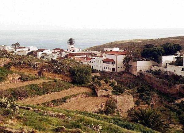 Vista del municipio de Arico.   DA