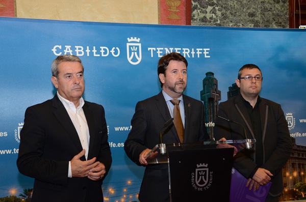 Aurelio Abreu, Carlos Alonso y Miguel Ángel Pérez, en una rueda de prensa anterior. | DA