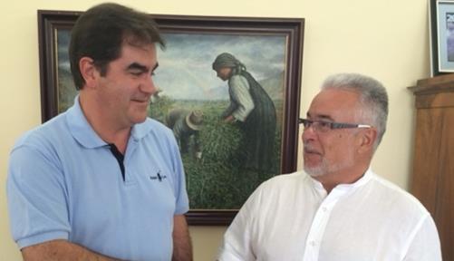 Francisco José Niño y Víctor Sánchez abordaron los problemas de los empresarios de Arona y Adeje. | DA
