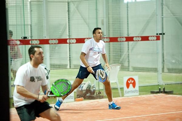 Raúl Pérez y Cristian Brito se medirán a Álvaro Gutiérrez y Sixto Hernández en la final.   FRAN PALLERO