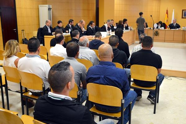 Se pide un total de 75 años de cárcel para 16 acusados. / SERGIO MÉNDEZ