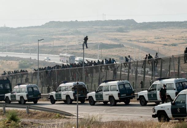 Interior blindará con argumentos legales las actuaciones de la Guardia Civil en la frontera