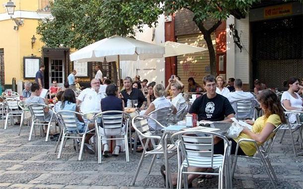 Randstad prevé la creación de 23.000 contratos temporales en Canarias este verano