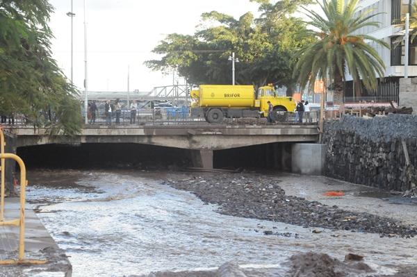 La desembocadura del barranco de Santos, una zona de riesgo. | DA