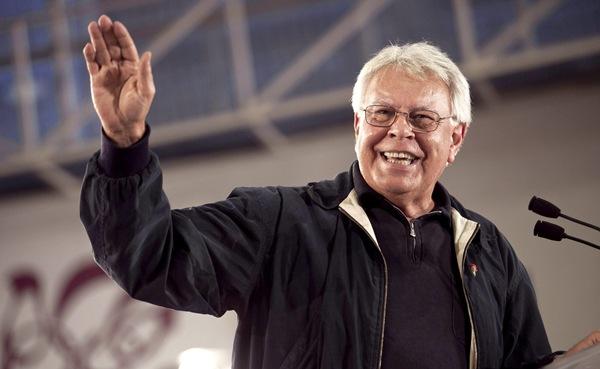 El expresidente socialista seguirá un año más como consejero en la empresa Gas Natural. / DA