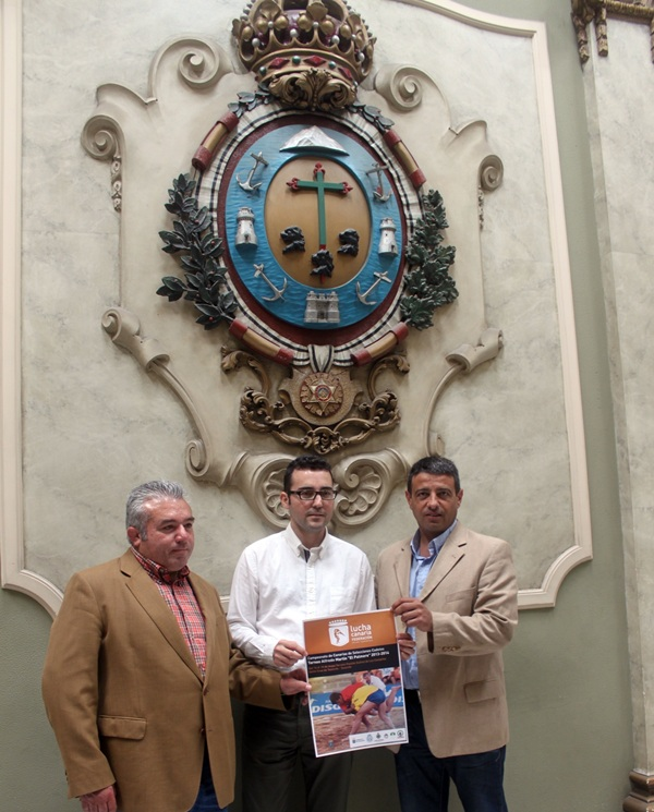 Cecilio González, Zósimo Darias y Germán Rodríguez en el acto. / DA