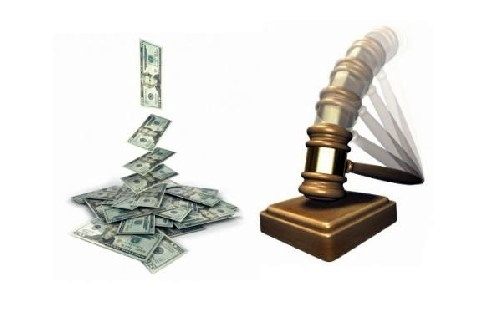 las subastas públicas han ido poco a poco recuperando protagonismo y componiendo un inventario de lo más variopinto. | DA