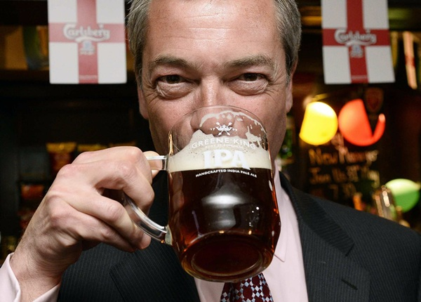 El británico Nigel Farage buscará un pacto entre escépticos para frenar las instituciones europeas. / reuters