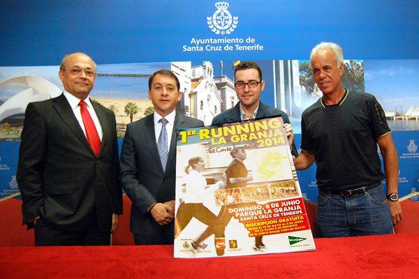 El alcalde José Manuel Bermúdez presentó la carrera junto a Zósimo Darias, Alfredo Medina y Felipe Dorta. | DA