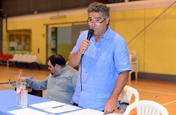 Carmelo Peña, durante la celebración de la asamblea, el miércoles. / S. M.
