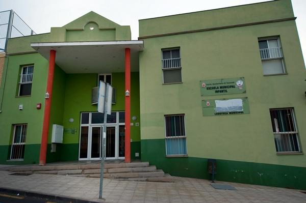 La Bombillita Feliz es la única escuela infantil municipal que hay en Tacoronte. / FRAN PALLERO